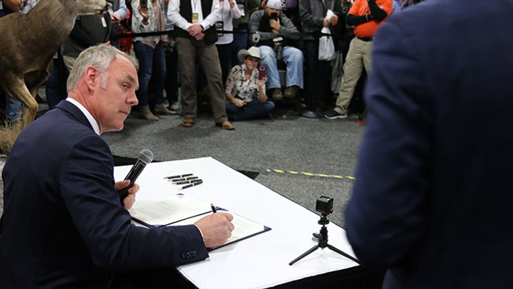 Breaking News: Secretary Zinke Signs Order Prioritizing Game Migration Corridors